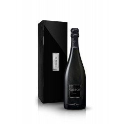 CHAMPAGNE CARBON BRUT luxury wooden box